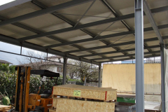 tettoia-in-acciaio-a-supporto-azienda-marmi-Artogne-Bs-1140x475